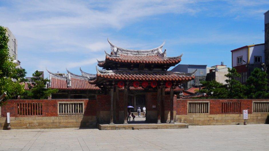 百年古蹟鹿港龍山寺