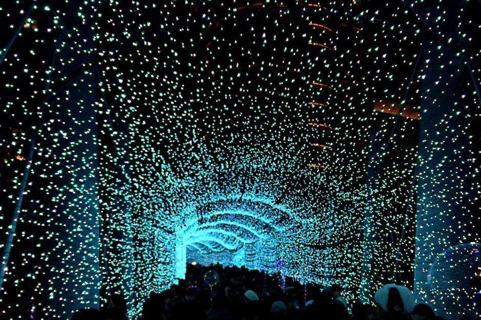 新北歡樂耶誕城有滿滿浪漫燈飾