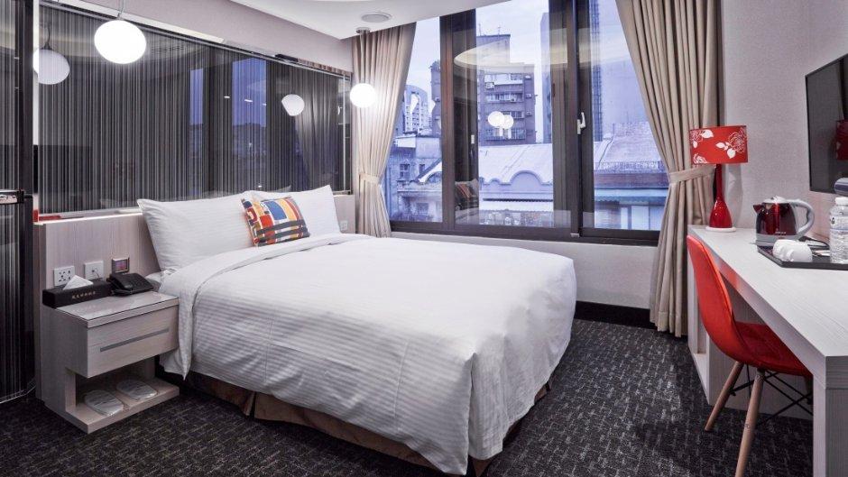寧夏2號旅店距離大稻埕煙火、寧夏夜市都很方便