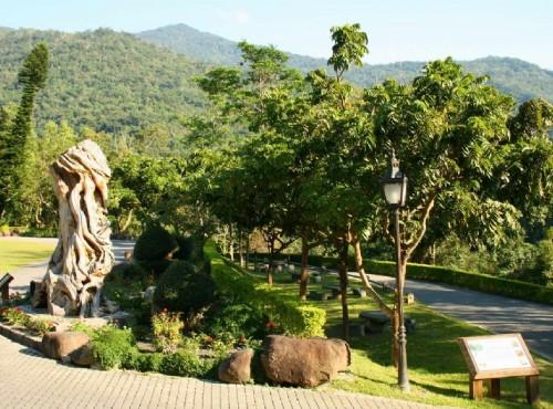 知本国家森林游乐区-遊客中心庭園