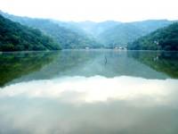 湖水連天<br/> 攝影:余燕鳳