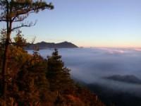 陽光慢慢露臉了~<br/> 攝影:阿英的登山小站