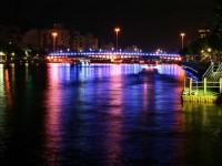 金光閃閃的橋<br/> 攝影:老山羊部落格
