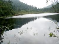 神祕之湖<br/> 攝影:余燕鳳