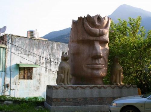 烏來溫泉-環山路旁造景