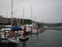 哨船頭公園旁的帆船碼頭<br/> 攝影:三井
