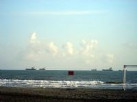 作業中的漁船<br/> 攝影:裘帆志