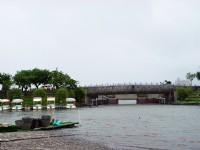 乘船過河<br/> 攝影:陳美吟