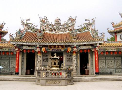 芝山岩惠济宫-前殿正拍
