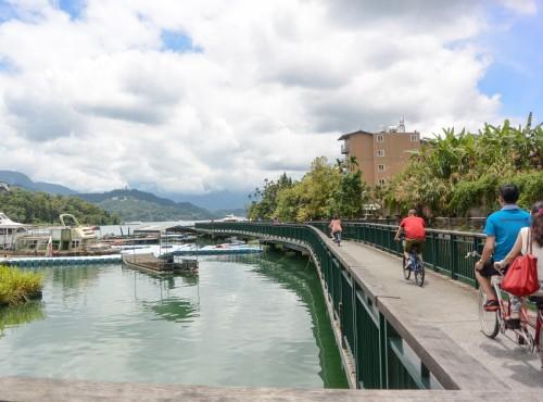 Xiangshan Bike and Pedestrian Bridge