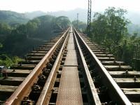 舊山線鐵路<br/> 攝影:Eva隨手拍