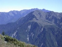 遠眺玉山山脈<br/> 攝影:阿英的登山小站