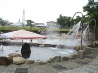 公共溫泉超強水柱<br/> 攝影:余燕鳳