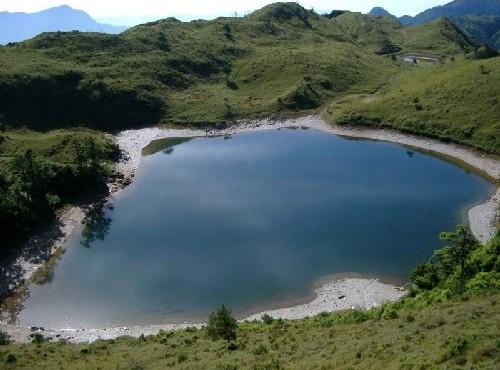 七彩湖-七彩湖全貌