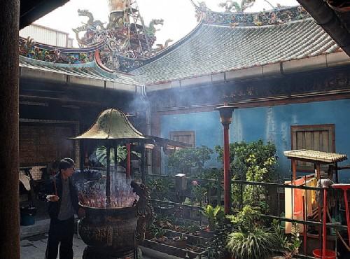 Hsinchu City God Temple-香火鼎盛