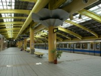 小碧潭站內公共藝術-雲在跳舞<br/> 攝影:Eva隨手拍