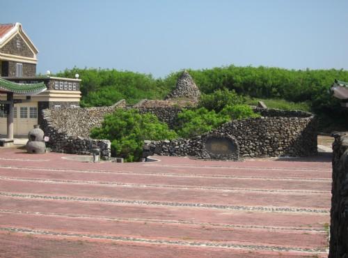 Seven Beauties Tomb