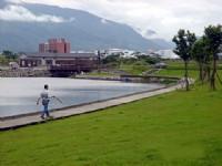 池岸步道02<br/> 攝影:劉雅妍