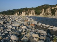 新武呂溪的小黃山景觀<br/> 攝影:老山羊部落格