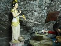 靈岩洞內<br/> 攝影:旅遊王攝影組