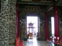 香爐及兩側門神<br/> 攝影:amo