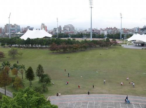 新莊綜合運動場