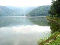 醉人的湖面<br/> 攝影:余燕鳳