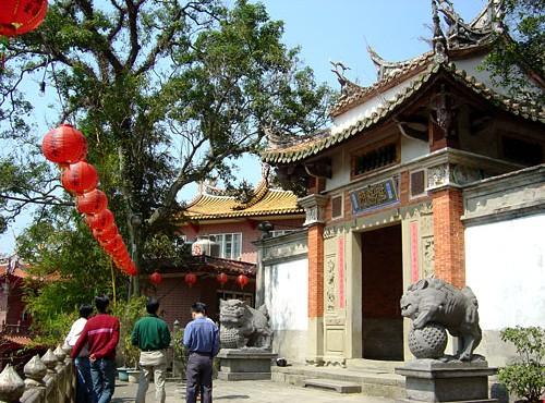 獅頭山-寺廟入口