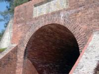 億載金城城門洞後方提字「萬流砥柱」<br/> 攝影:陳美吟