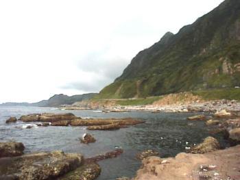 瑞濱濱海風景區-海岸與山沿
