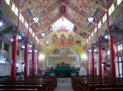 盐水天主堂-盐水天主堂内部