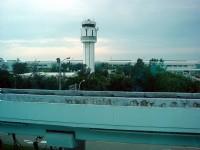第二航廈看塔台<br/> 攝影:amo