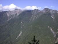 向陽崩壁<br/> 攝影:阿英的登山小站