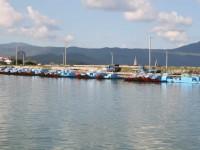 成排的膠筏船<br/> 攝影:老山羊部落格
