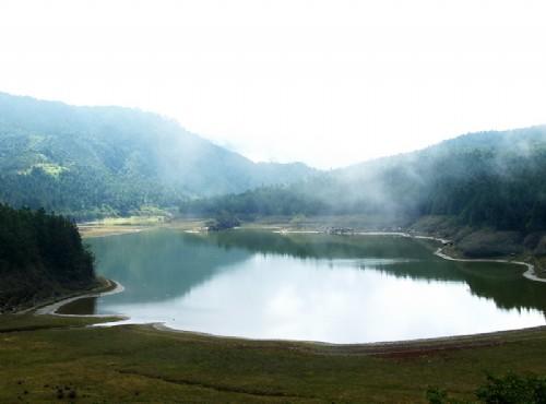 Cueifong Lake