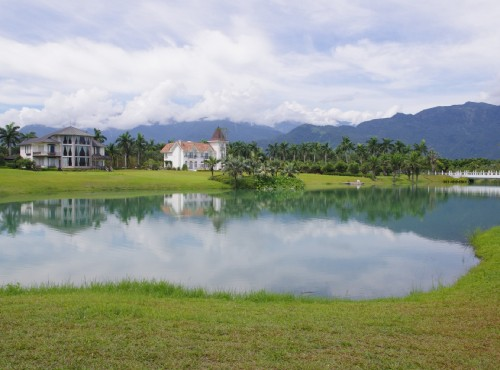 雲山水自然生態農莊(夢幻湖)