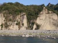 裸露岩層的小黃山<br/> 攝影:老山羊部落格