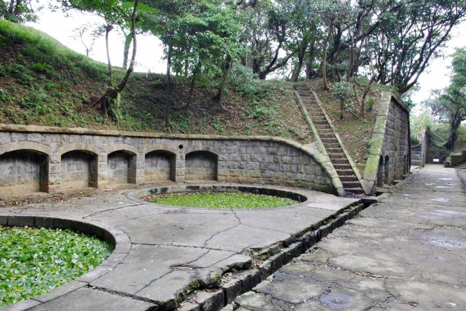 槓子寮砲台為基隆最大且保存完整的砲台遺跡 / Eva隨手拍