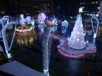 台北旅遊行程:聖誕節、跨年來東區,逛街購物吃美食
