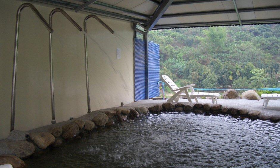 六龜松柏林民宿渡假山莊提供