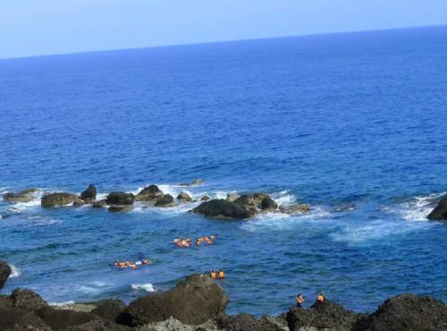 海島旅遊誰說一定要出國!蘭嶼綠島小琉球…台灣離島海上陸地都好玩