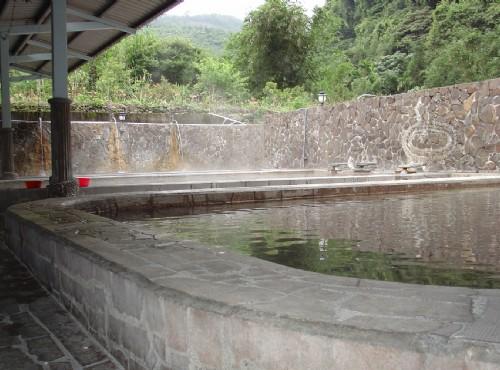 花蓮紅葉溫泉旅社大眾池